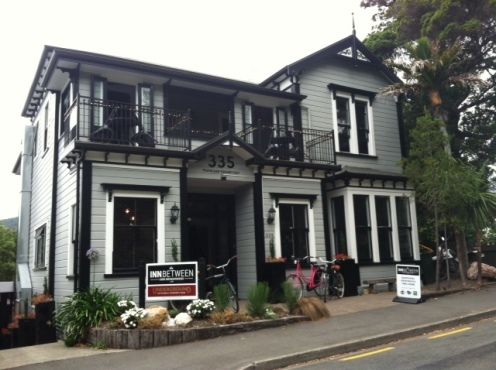 The INNBetween Lodge and Backpacers, a great place to stay in Nelson city center.