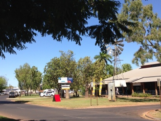 A view of the very good i Site Center in down town Kununurra. To the left is the town park.
