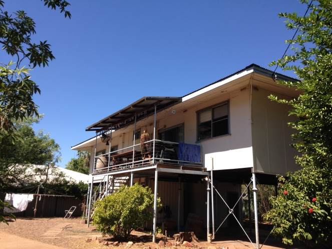 My home while in Kununurra!. Great location right in town with the library right across the street.